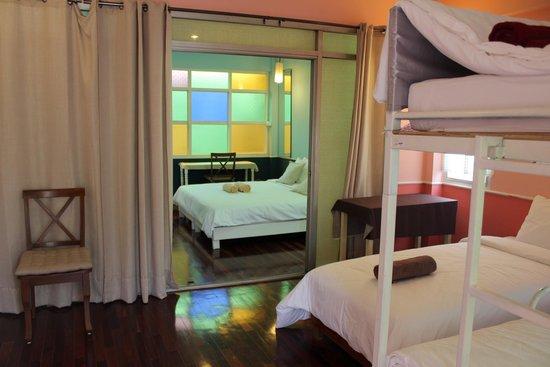 UDEE Cozy Bed & Breakfast: Connectingroom for family