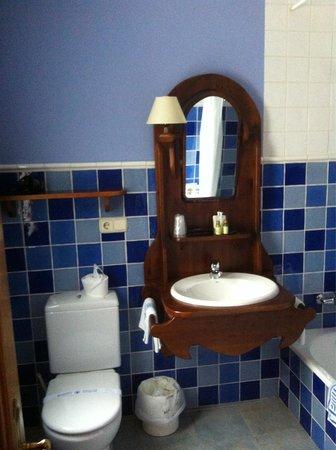 Hotel Bujaruelo: Baño