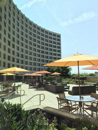 Washington Hilton: As seen from the outdoor patio