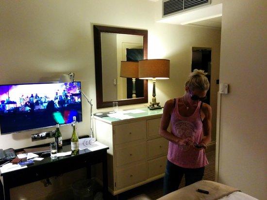 London Bridge Hotel: Back to room 324!!