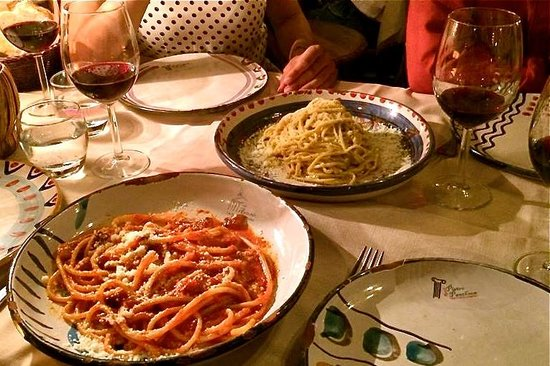 LivItaly Tours: Traditional Roman pasta dishes
