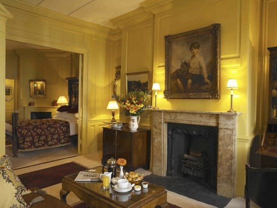 Hazlitt's: Baron Willoughby Sitting Room