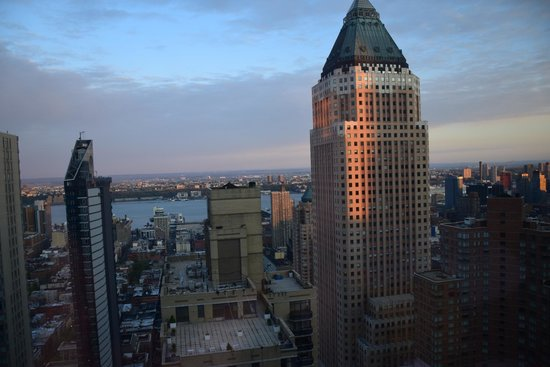 Crowne Plaza Times Square Manhattan: River View
