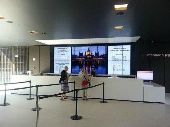 Parlement : visitor center