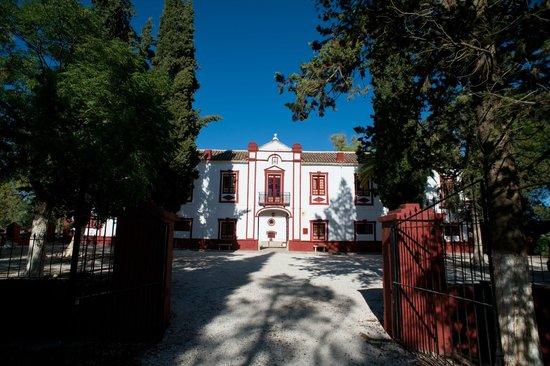 La Molina de las Monjas: Fachada principal del Cortijo