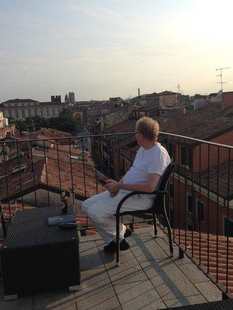Escalus Luxury Suites Verona : Stunning roof terrace
