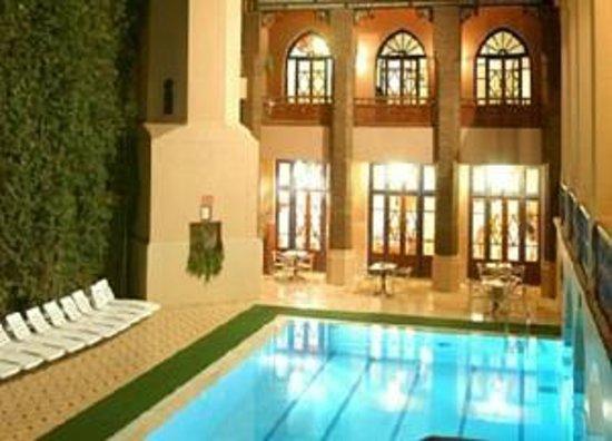 Hotel Oudaya : Бассейн