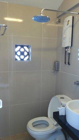 Chulia Heritage Hotel: Bathroom