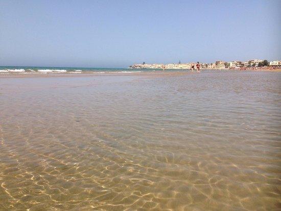 Sampieri, Italia: L'acqua cristallina