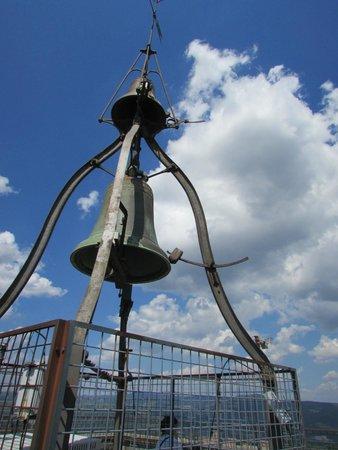 Torre del Moro: La campana in cima alla torre