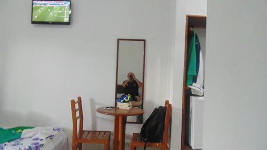 Hotel Vale Verde : Quarto do hotel-vista parcial