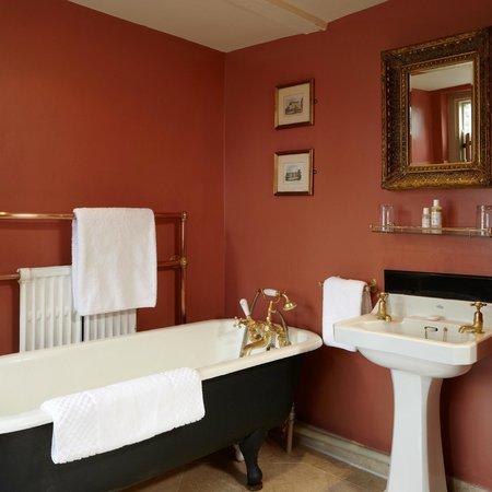Hazlitt's: Bathroom