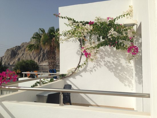 RK Beach Hotel: terrace