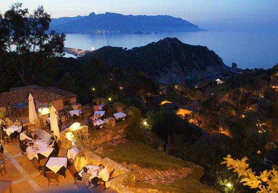 Monte Turri Luxury Retreat: Aussicht vom Turm