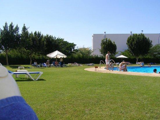 Barceló Sevilla Renacimiento: Swimming pool