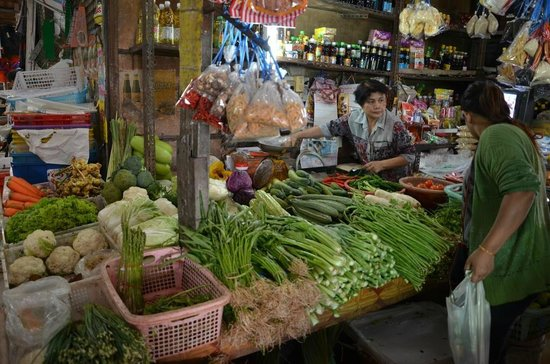 Anantara Bophut Koh Samui Resort: local market visit with the chef