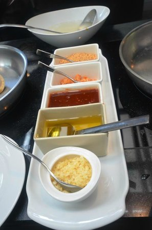 Anantara Bophut Koh Samui Resort: cooking class ingredients