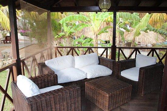 Papagayo Beach Resort: Op de veranda