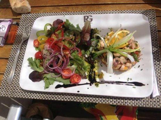 Plage Rive Gauche : salade de poulpe