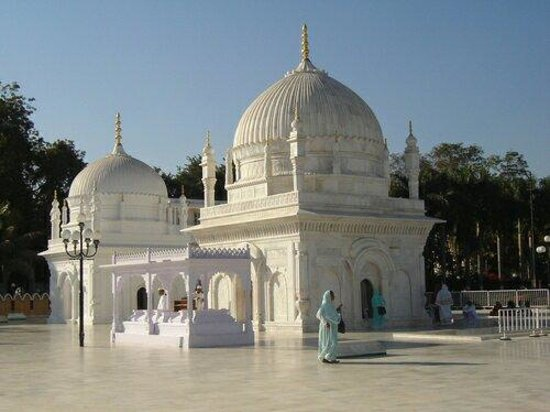 Burhanpur, India: Dargah-E-Hakimi