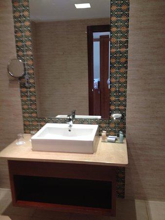Iberostar Royal El Mansour : Bathroom