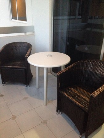 Sunprime Coral Suites: Comfy patio furniture