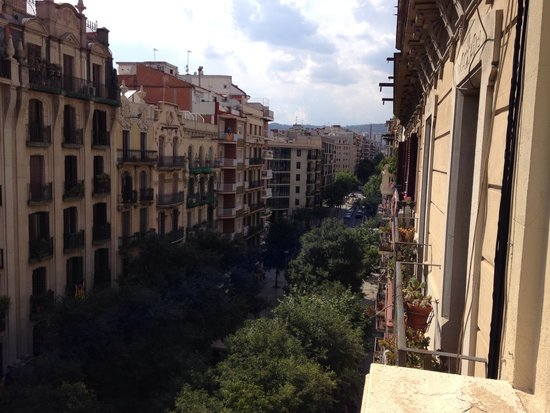 Aspasios Gran Via Suites: View from balcony (opposite direction)