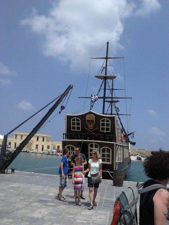 "Venetian Harbour: Кораблик ""Барбаросса"" ;)"