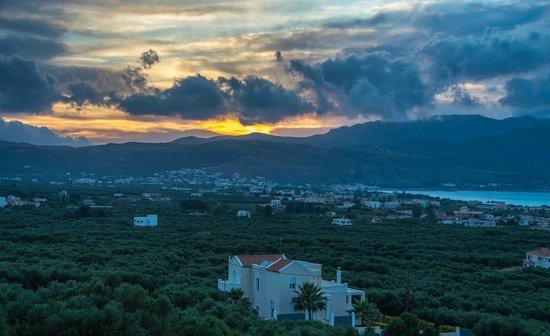 Antilia Apartments: Sunset