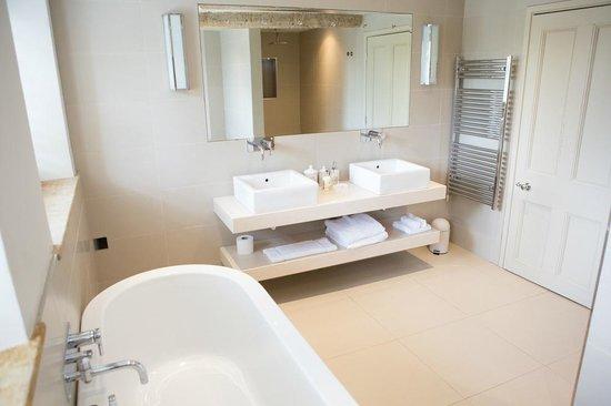 Brittons Farm: Bathroom