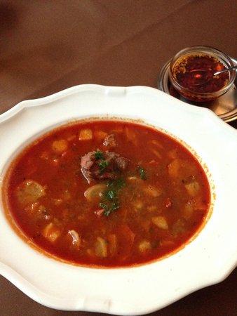 Comme Chez Soi: Hungarian goulash
