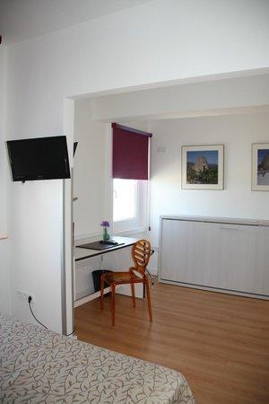 Hotel Palacios: Guest  Room