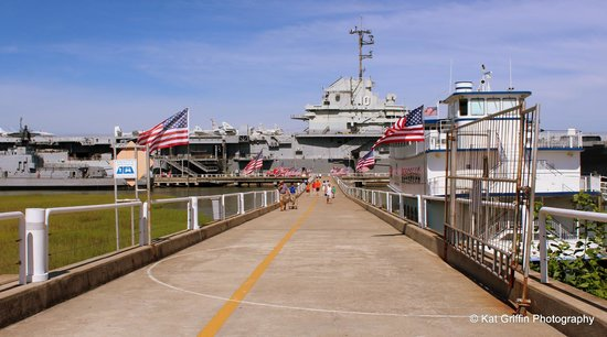 Patriots Point Naval & Maritime Museum: Starting the tour