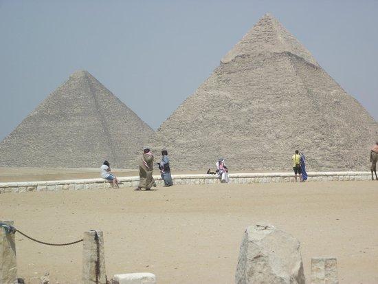 Reef Oasis Beach Resort : Pyramids at Giza