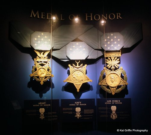 Patriots Point Naval & Maritime Museum: Inside the Medal of Honor Museum