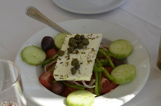 Anemomilos Restaurant: греческий салат