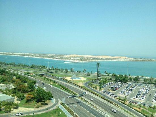 Sofitel Abu Dhabi Corniche: Amazing view