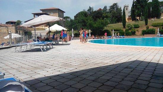 Pian Dei Mucini Resort: Piscina Grande