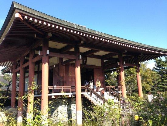 Chuguji Temple : 中宮寺