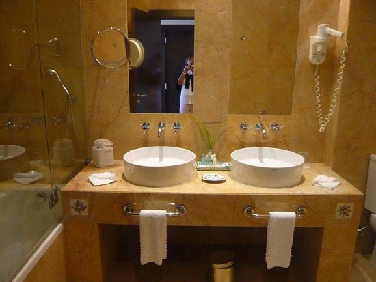 Pestana Vila Sol, Vilamoura: Quarto-de-banho