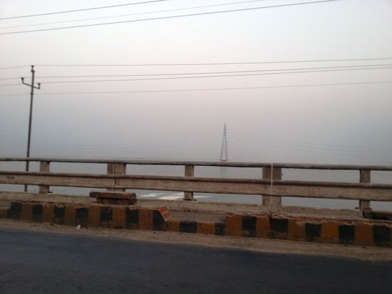 A view of the Ganges from Farakka Barrage