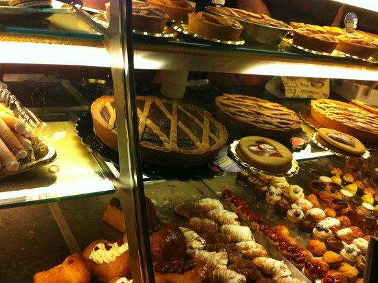 Patisserie Capparelli: wonderful Capparelli's goody