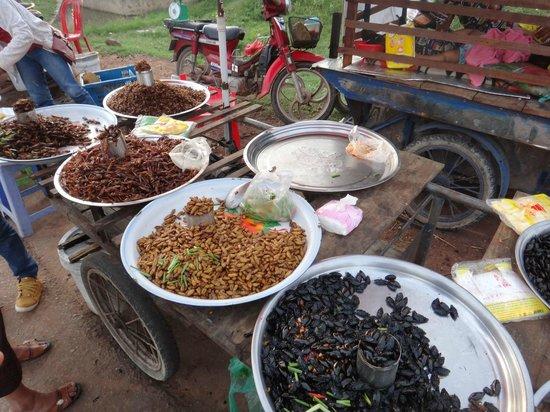 Siem Reap Urban Adventures: Sampling the local bugs