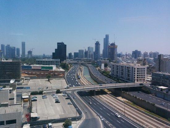 Crowne Plaza Tel Aviv City Center: View