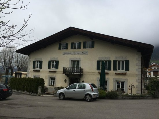 Wirtshaus & Hotel Lener: view of hotel