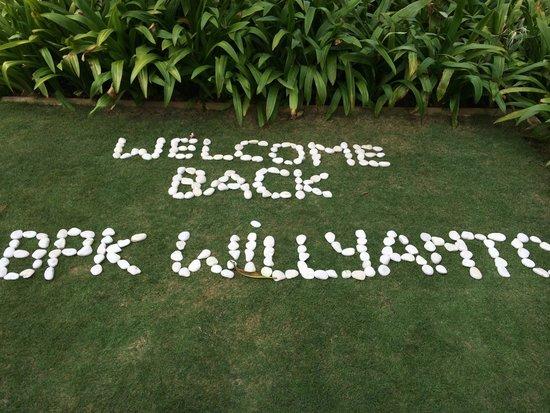 Mulia Villas: Welcoming party