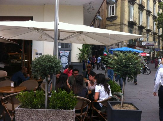 Ceraldi Caffe': at Ceraldi bar
