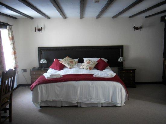 Black Boy Inn: Comfy bed