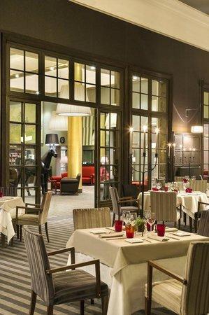 Le Lassay : La salle de restaurant