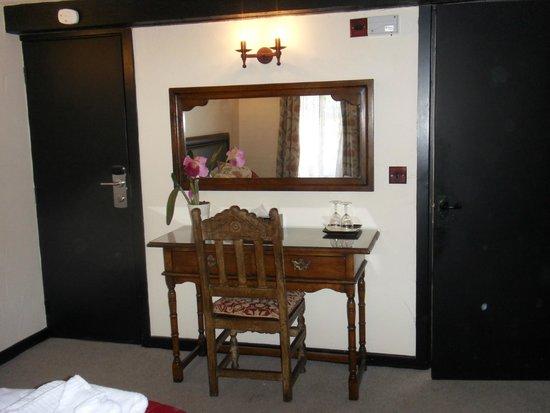 Black Boy Inn: Bedroom